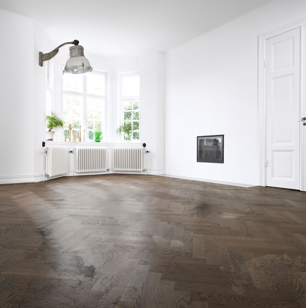 <p>Looking for new ways to clean hard surface floors? See if a vacuum might be the option you're looking for.</p>