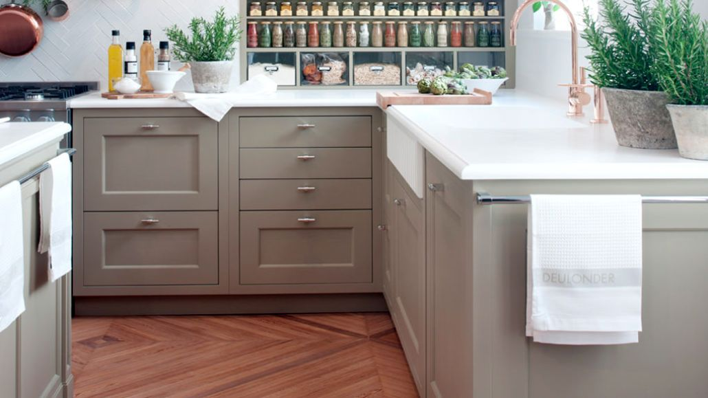 Superior Get Into The Spring Cleaning Spirit And Learn How To Deep Clean Your Kitchen !