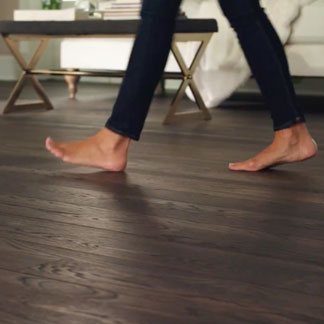 <p>Learn the benefits of quick, daily floor maintenance at 0:40.</p><br/>